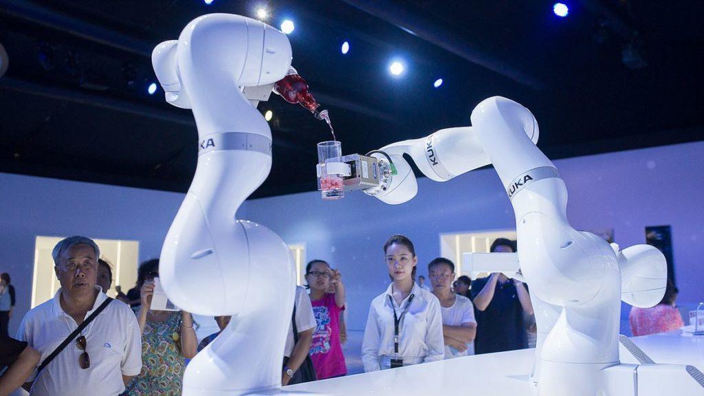 Wynajem robotów przemysłowych